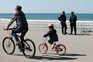 Agentes da PSP controlam a passagem entre os concelhos de Matosinhos e Porto