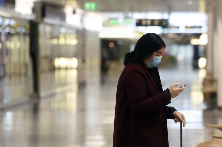 Foram até agora oficialmente diagnosticados 3.068.330 casos de infeção em 193 países e territórios
