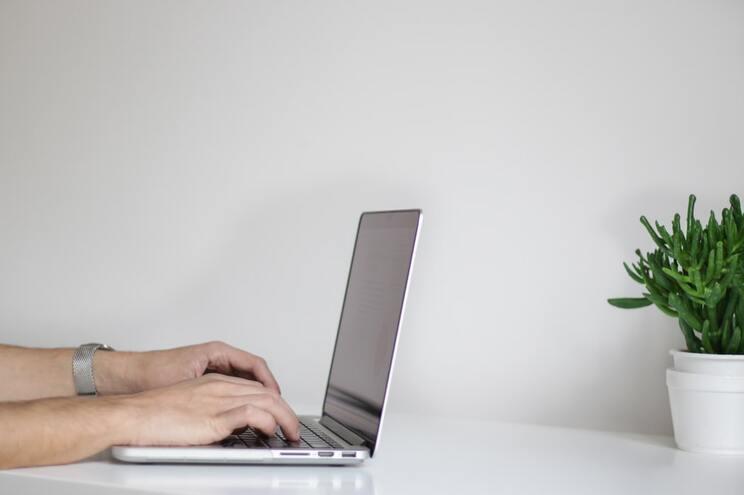 Trabalhar remoto pode aumentar risco de desenvolver doenças relacionadas com trabalho