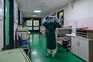 Hospitalizações também estão a diminuir no país