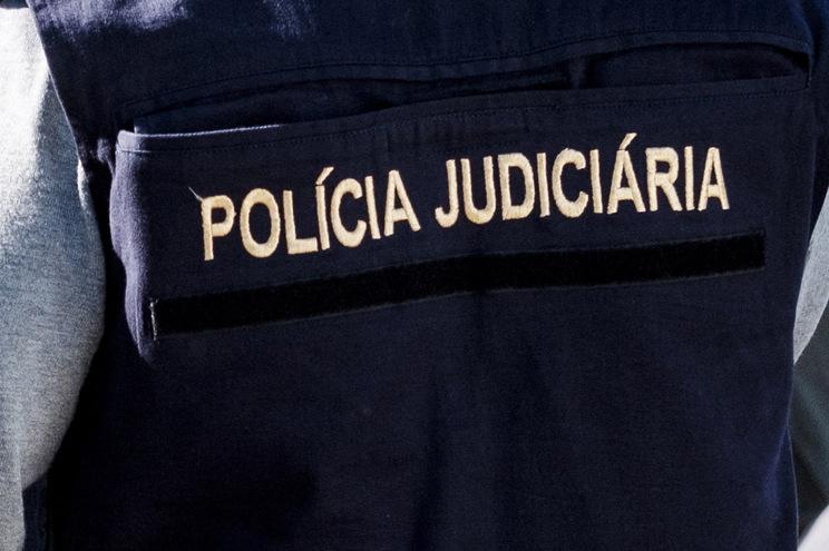 Suspeito foi detido e entregue à Polícia Judiciária, entidade competente neste tipo de crime