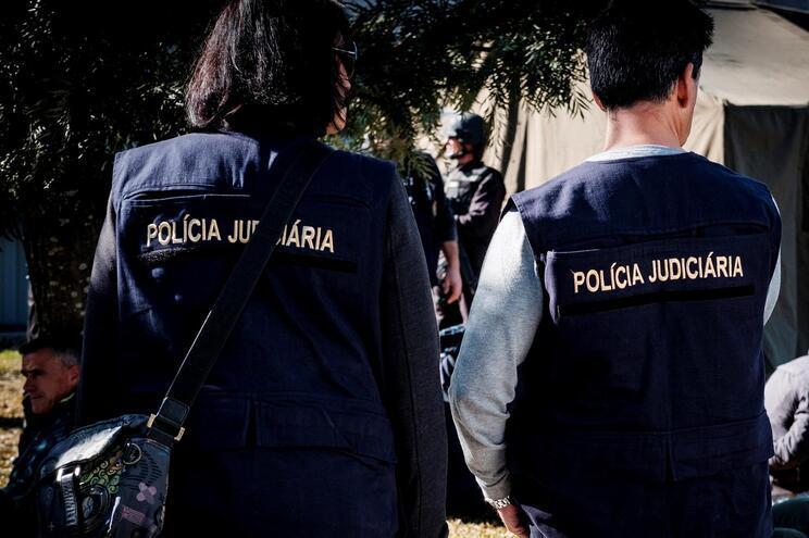 Assaltante esfaqueado com própria arma em roubo de 20 mil euros