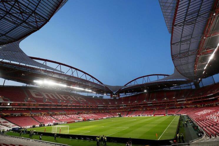 """Benfica fala em """"exemplar condenação"""" do F. C. Porto"""