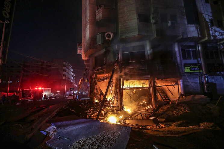 O Hamas e o grupo militante da Jihad Islâmica reconheceram 20 combatentes mortos desde que os combates