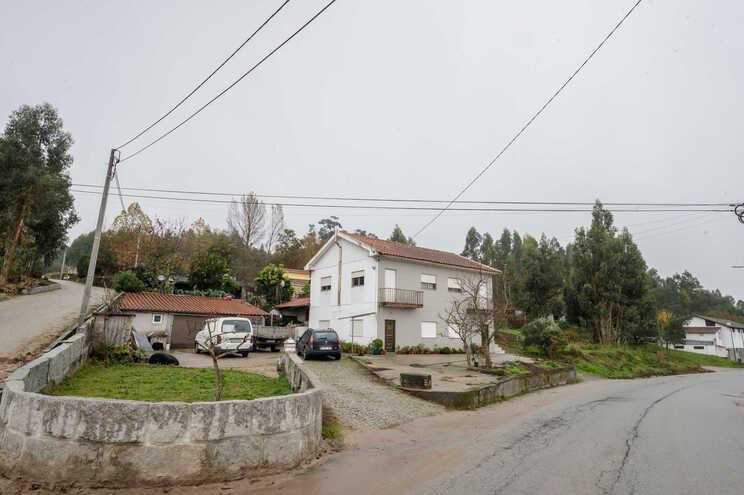 Casal vivia nesta habitação, em Duas Igrejas, Penafiel