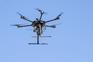 Voo de drones junto a aeroportos e prisões dá multa superior a mil euros