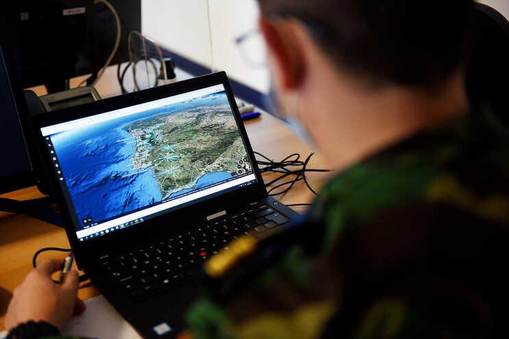 Crise leva mais jovens para as Forças Armadas