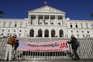 Protesto em frente à Assembleia da República