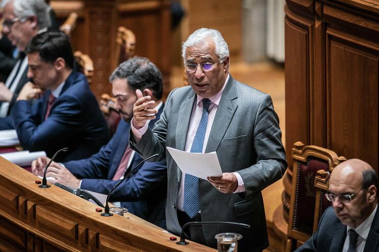 Debate quinzenal no parlamento
