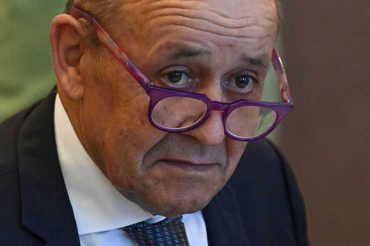 Ministro francês dos Negócios Estrangeiros, Jean-Yves Le Drian
