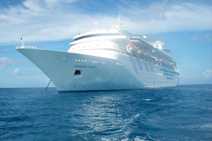 Remax Portugal suspende cruzeiro de aniversário com 2700 pessoas
