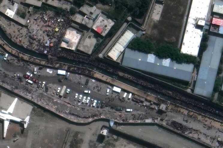 No total, o número de pessoas retiradas de Cabul desde 14 de agosto é de 111 mil