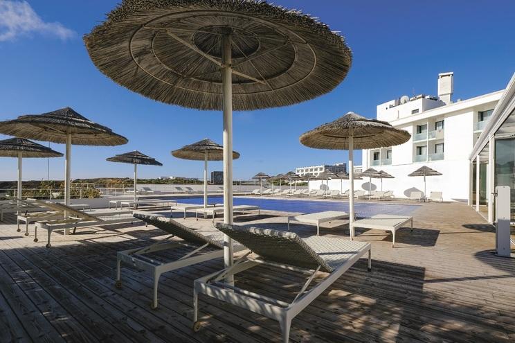 Hoteleiros apostam na dinamização das instalações de que dispõem