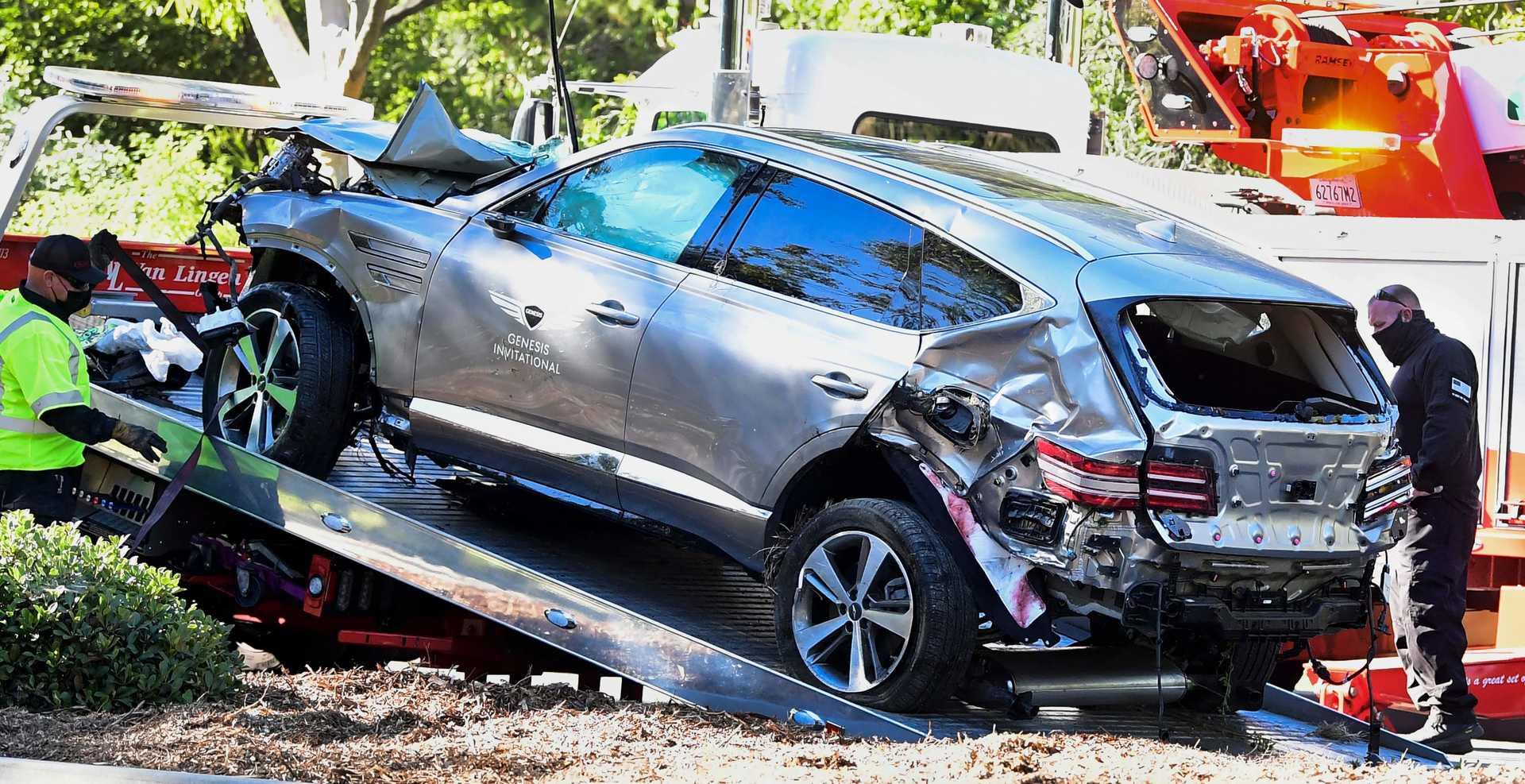 Tiger Woods sofreu um violento acidente na terça-feira