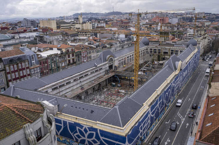 Apoio de 2,13 milhões de euros para regresso dos comerciantes ao Bolhão