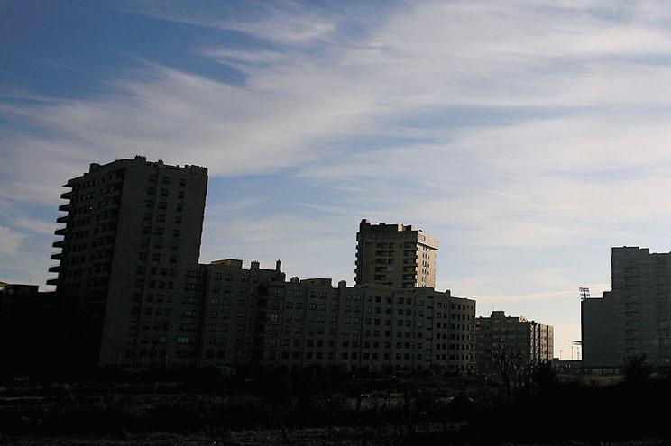 Mercado imobiliário aguenta-se, sobretudo devido aos investidores não residentes