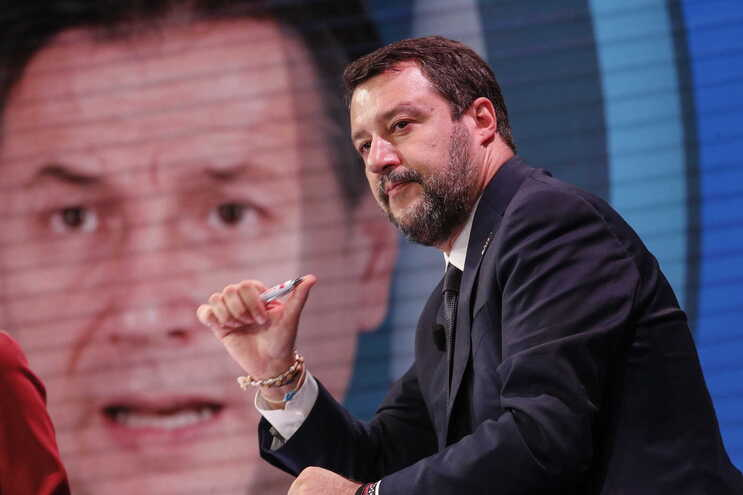 Matteo Salvini é suspeito de sequestro
