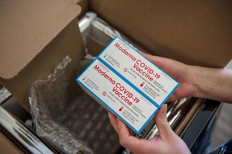 Vacina da Moderna pode ser conservada à temperatura dos congeladores domésticos