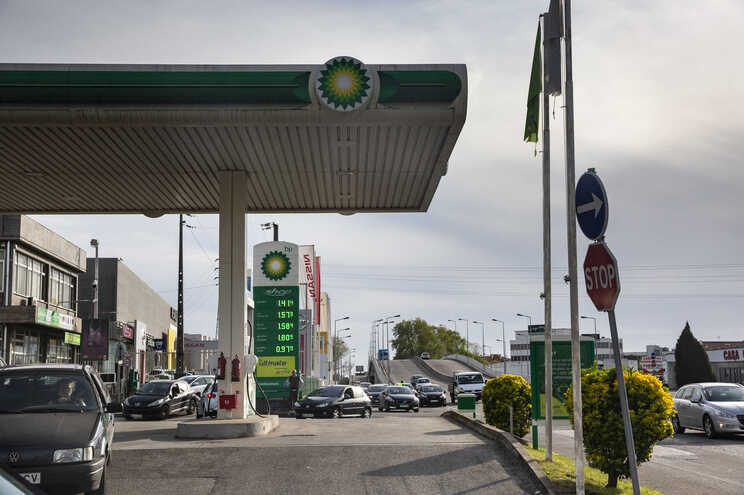 O preço da gasolina em Portugal vai aumentar novamente na próxima semana
