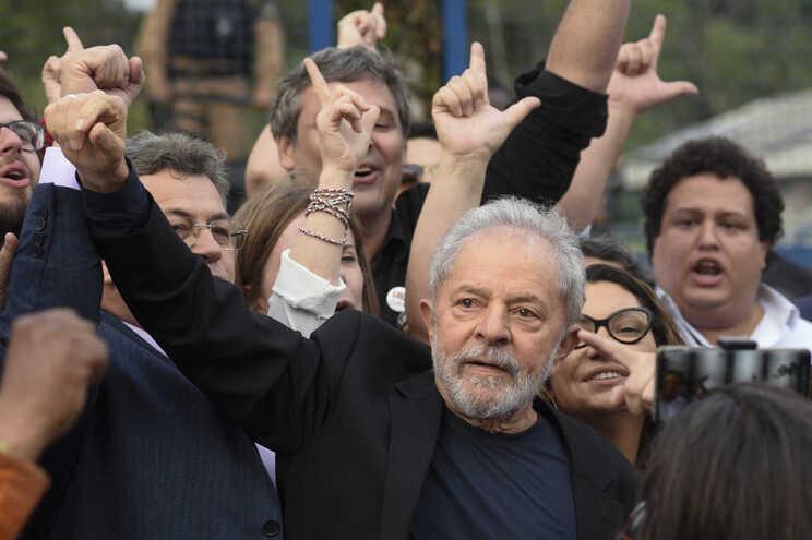 O Supremo Tribunal Federal brasileiro anulou na segunda-feira todas as condenações do ex-Presidente Lula