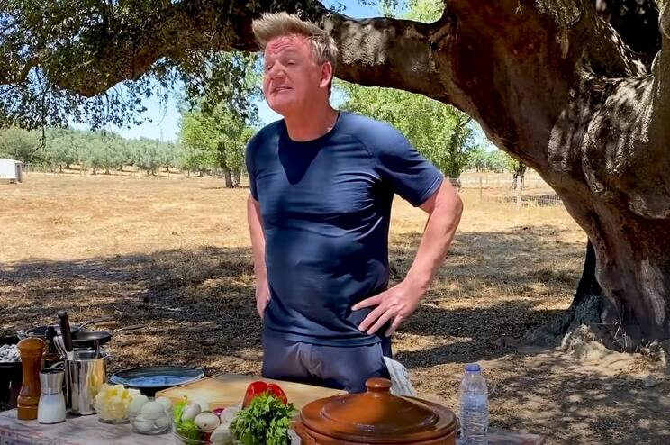 Gordon Ramsay cozinhou porco preto no Alentejo