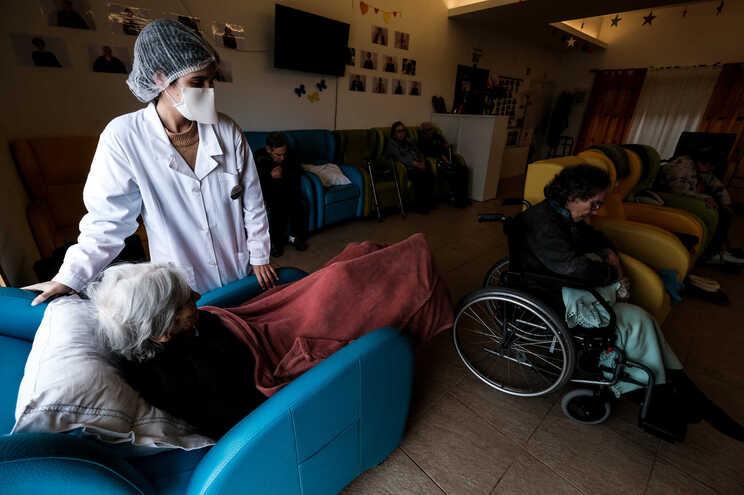 Mais seis mortes e 311 casos de covid-19 em Portugal, 240 em Lisboa
