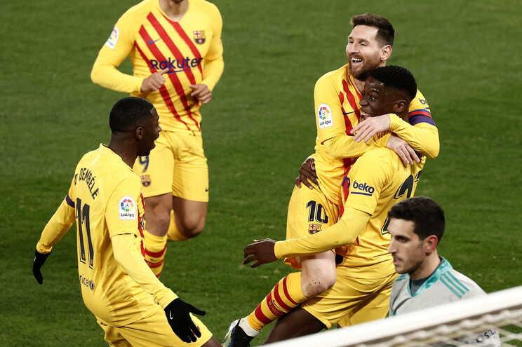 O Barcelona vence este sábado