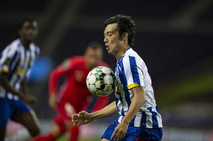 Japonês Nakajima foi emprestado a um clube dos Emirados Árabes Unidos