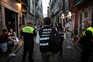 Para o local foram enviados 25 inspetores da ASAE, acompanhados de cerca de 30 agentes da Polícia Municipal