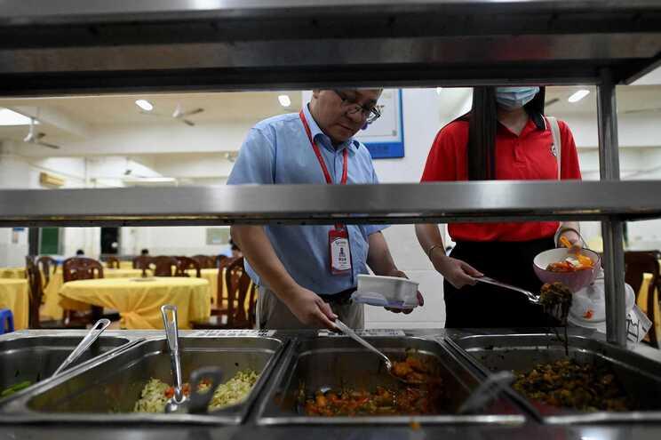 China tenta reduzir desperdício alimentar perante eventos climáticos extremos