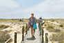 Praias do Algarve em destaque, assim como as de Cascais, o património de Braga e Porto e a natureza da