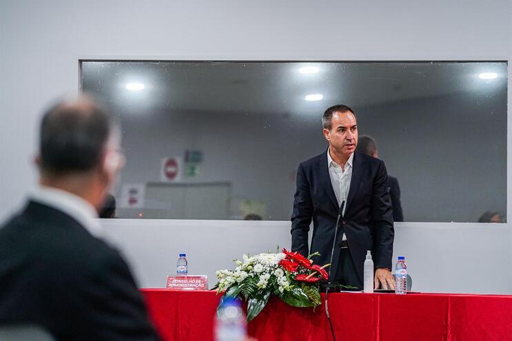 António Salvador foi reeleito