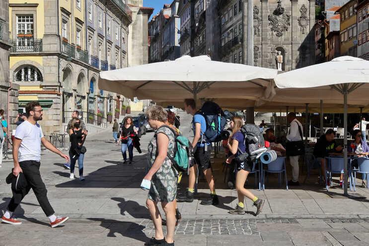 Turismo deverá voltar aos níveis anteriores à pandemia apenas em 2023