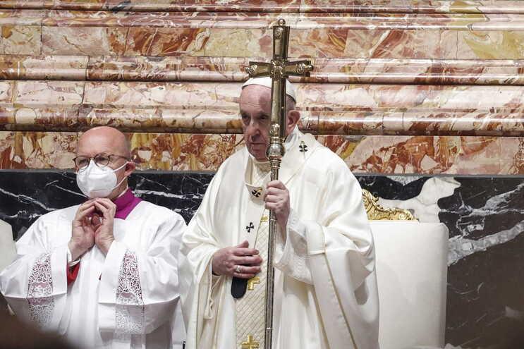 """Papa descreveu as agressoras da religiosa como """"prisioneiras do mal"""""""