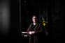 Padre Fernando Milheiro, 74 anos, passou a atender mais de 50 telefonemas por dia