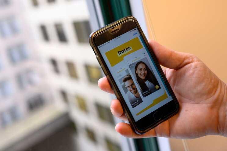 Na app Bumble são as mulheres que dão o primeiro passo