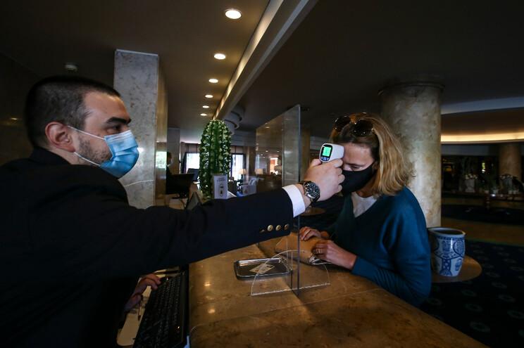 Segurança sanitária continua no topo das prioridades no funcionamento dos hotéis