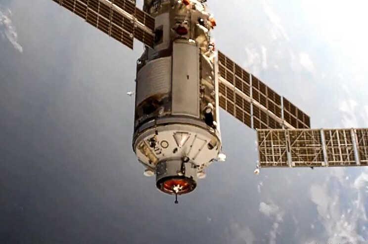 As comunicações com os controladores em terra foram interrompidas duas vezes durante alguns minutos