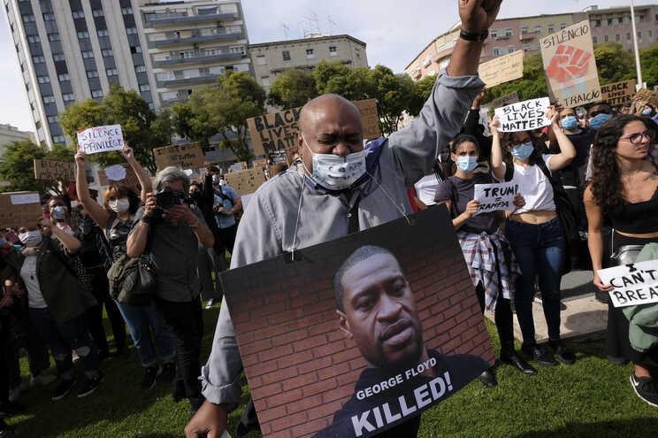 """Protesto """"Black Lives Matter"""" em Lisboa, Portugal"""