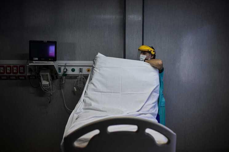 Menos mortes, menos casos  e redução do número de internados