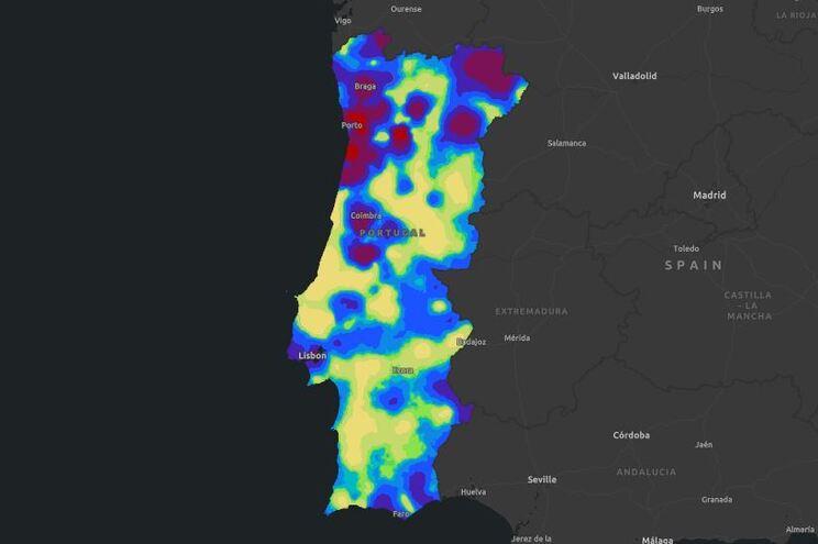 Mapa de risco de infeção com os dados de quarta-feira