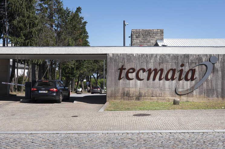 Em causa está uma dívida de 1,5 milhões de euros da TECMAIA, que terá sido assumida pela Autarquia