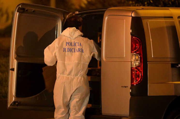 A Polícia Judiciária está a investigar o homicídio