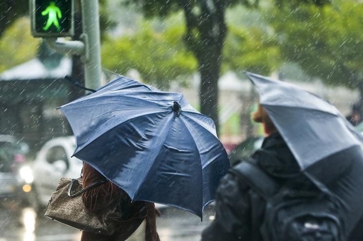 Previsão de chuva e vento