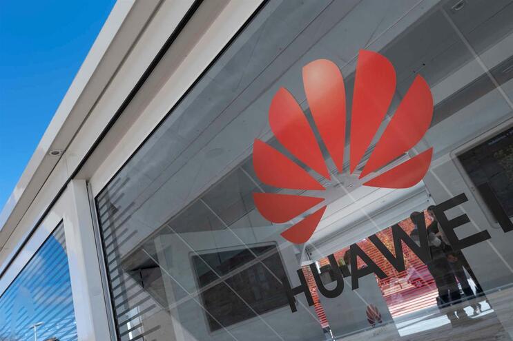 Huawei pode vender produtos por mais 90 dias nos Estados Unidos