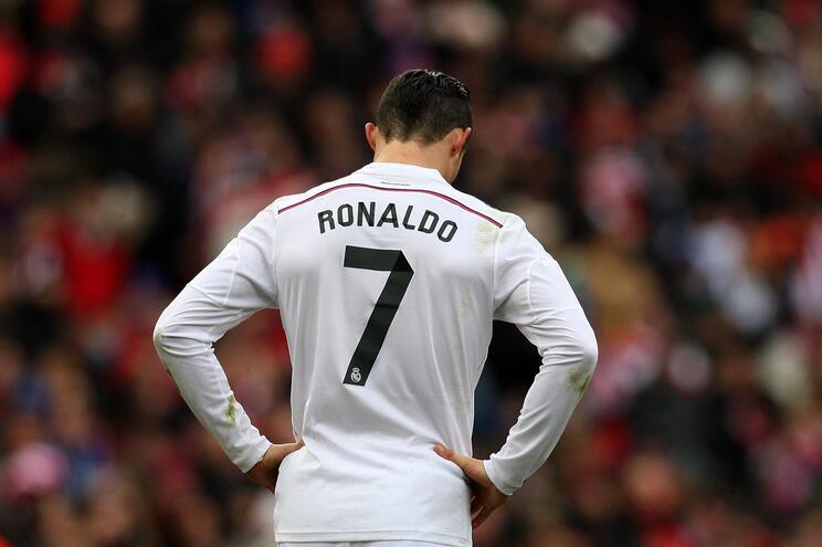 O fim sem glória dos últimos galáticos de Madrid