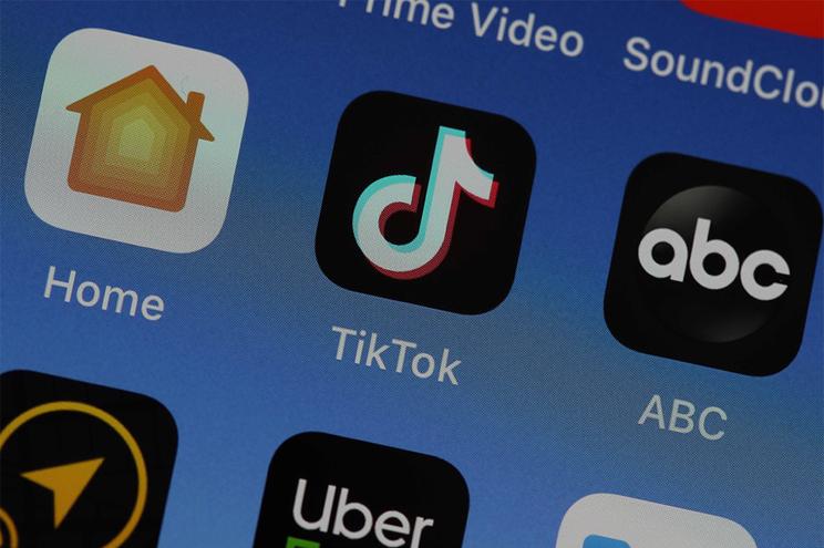 A rede social Tik Tok é uma das eleitas dos mais novos