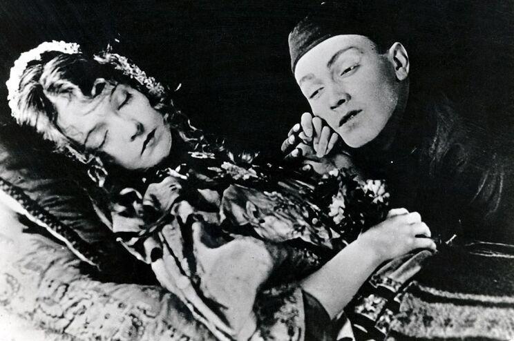 """""""O lírio quebrado""""; de D. W. Griffith, muito provavelmente o filme mais triste de sempre"""