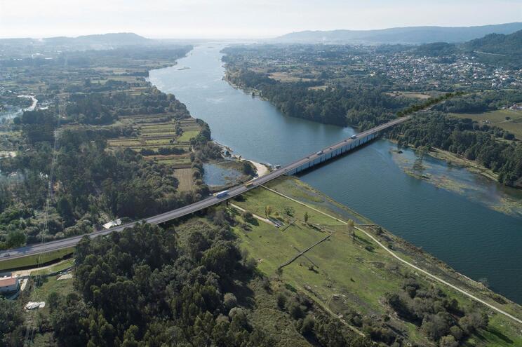 Câmara de Viana aprova concurso para nova ponte sobre o Lima