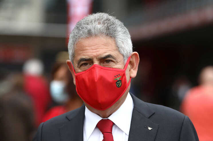 Presidente do Benfica está no requerimento feito pelo BE
